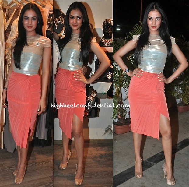 Sonal Chauhan Wears Amit Aggarwal To A Collection Preview At Atosa