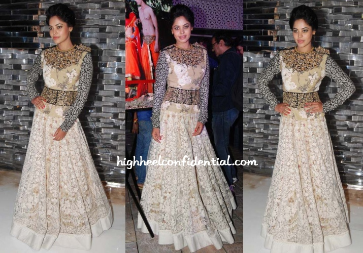 bindu-madhavi-sabyasachi-fashion-calendar-launch