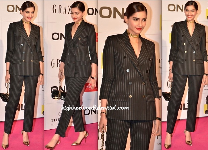 Sonam Kapoor At Grazia Young Fashion Awards 2014-1