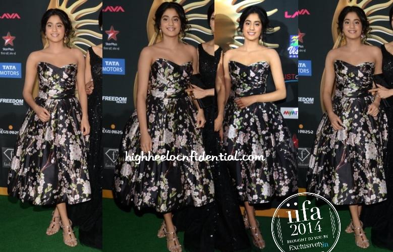 jahnvi-kapoor-dolce-gabbana-iifa-awards-2014