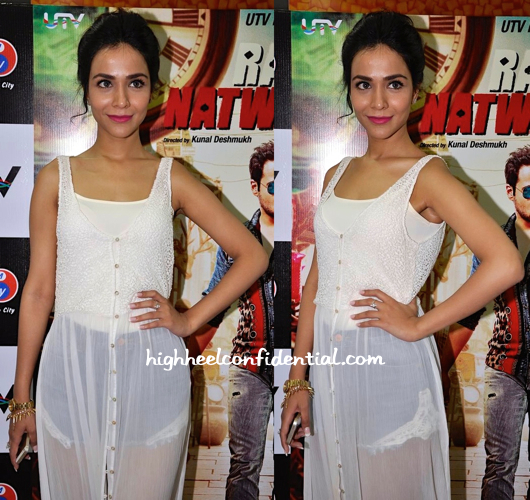 Humaima Malick (In Zara) At Raja Natwarlal Promotions-2