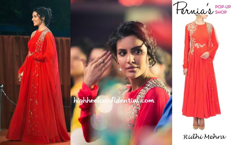 priya-anand-ridhi-mehra-vijay-awards-2014