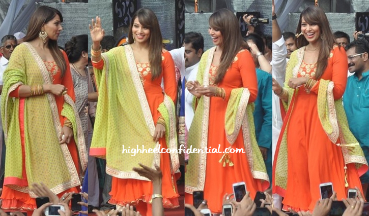 Bipasha Basu In Nikasha At Janmashtami Celebrations-2