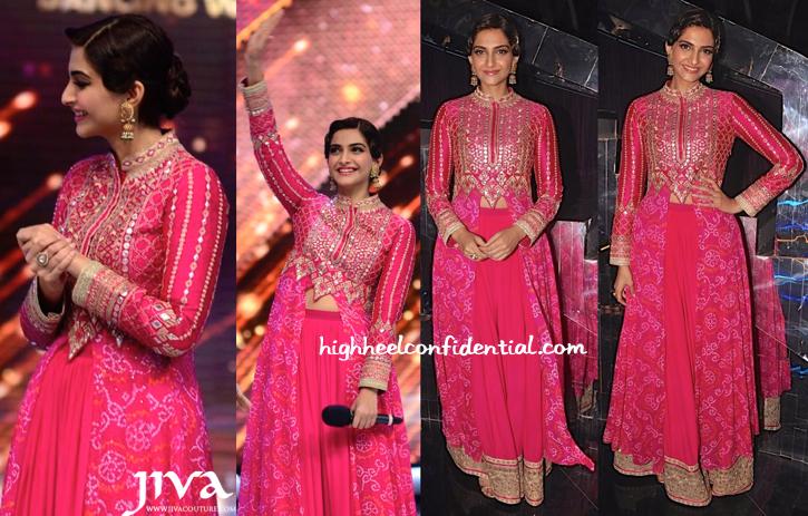 Wearing Anita Dongre And Sunita Kapoor Signature Line Jewelry, Sonam Kapoor Promotes Khoobsurat On Jhalak Dikhhla Jaa Sets-2