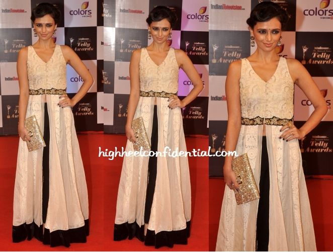 roshni-chopra-indian-telly-awards-2014-anya-hindmarch