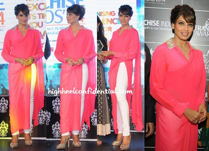 bipasha-basu-vizyon-franchise-india-awards-2014