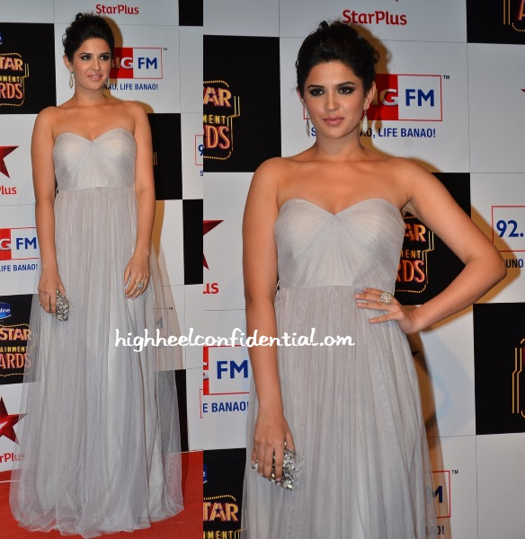 deeksha-seth-jenny-yoo-big-star-entertainment-awards-2014