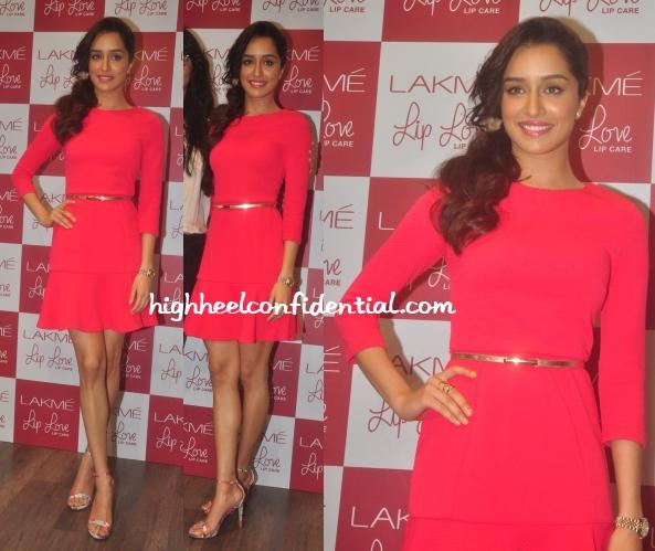shraddha-kapoor-lakme-lip-love-forever-new-dress