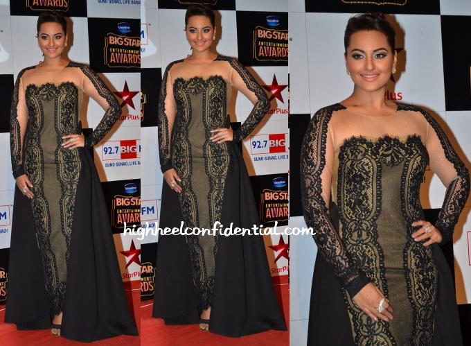 sonakshi-sinha-tanieya-khanuja-big-star-entertainment-awards-2014