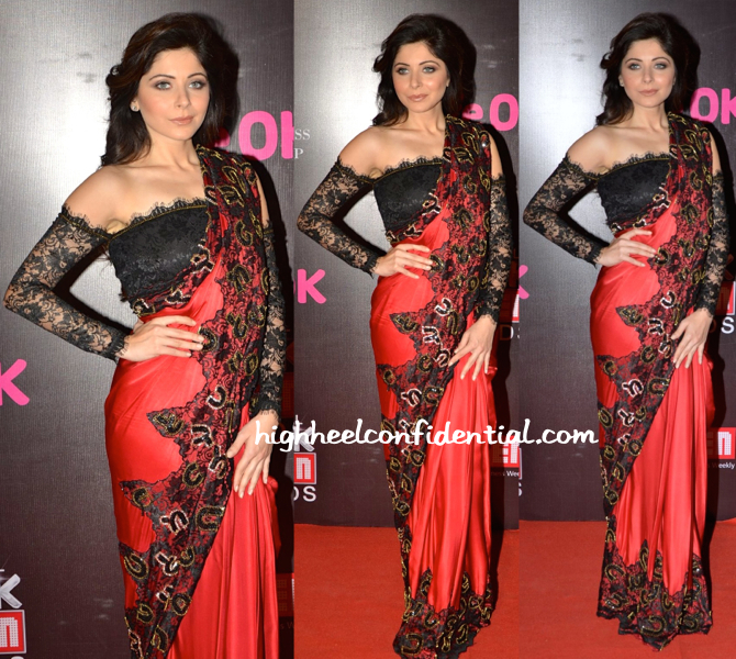 Kanika Kapoor In Isha Rajpal At Screen Awards 2015