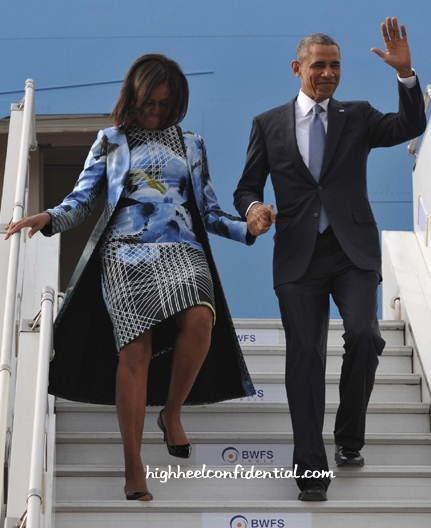 Michelle Obama Wears Bibhu Mohapatra As She Arrives In India-1