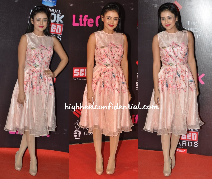 mishti-chakraborty-nishka-lulla-screen-awards-2014