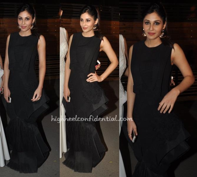 pooja-chopra-alpana-neeraj-valliyan-filmfare-awards-2015