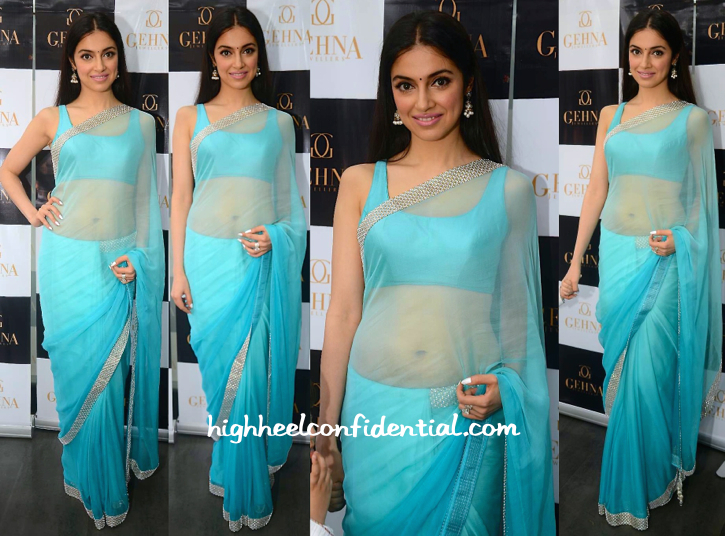 Divya Khosla Kumar At Shaina NC For Gehna Collection Preview