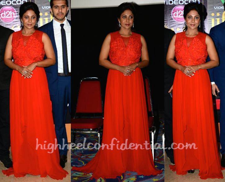 Shefali Shah In Nachiket Barve At 'Dil Dhadakne Do' Screening At IIFA 2015-1