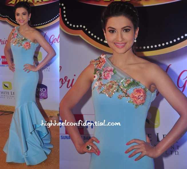 gauahar-khan-kashmira-gold-awards-2015