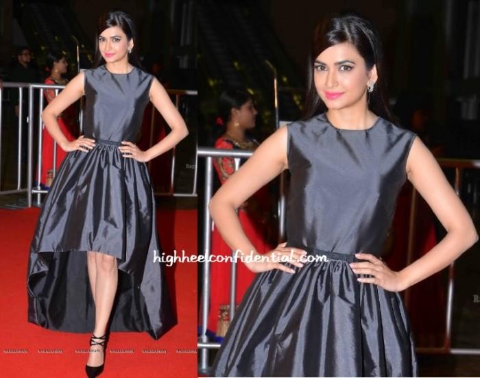 kriti-kharbanda-neha-taneja-cinemaa-awards-2015