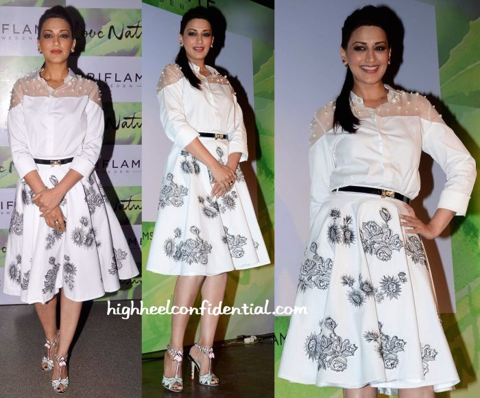 Sonali Bendre In Archana Rao Label, Valentino And Sophia Webster At Oriflame Event-1