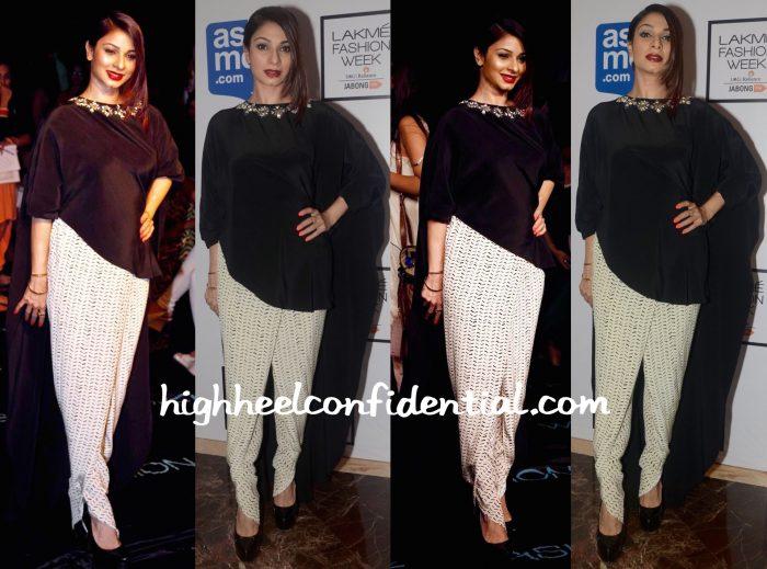 Tanishaa Mukerji In Payal Singhal At Lakme Fashion Week Winter:Festive 2015-2