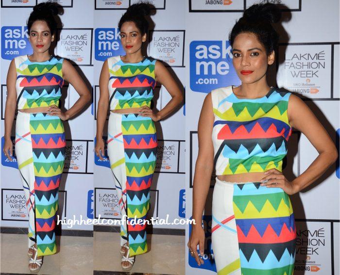Priyanka Bose In Urvashi Joneja At Lakme Fashion Week Winter:Festive 2015