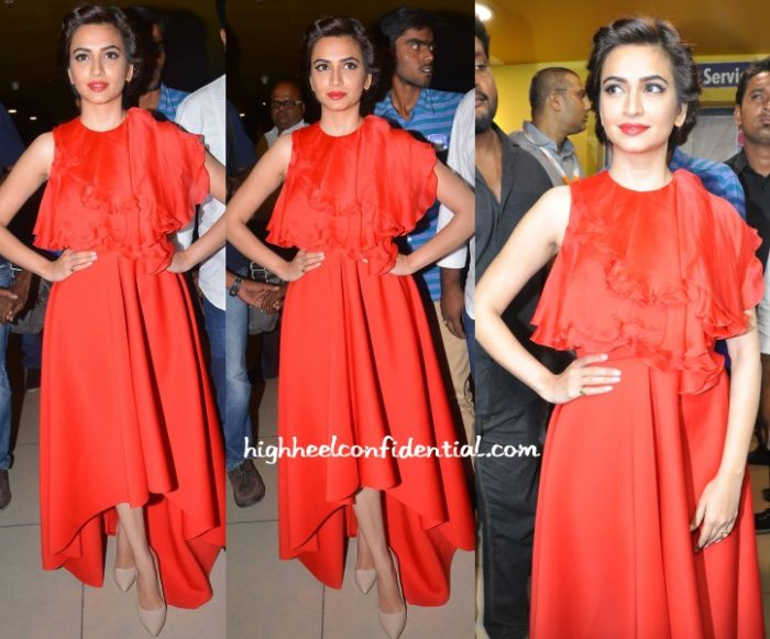 kriti-kharbanda-dolly-j-bruce-lee-premiere