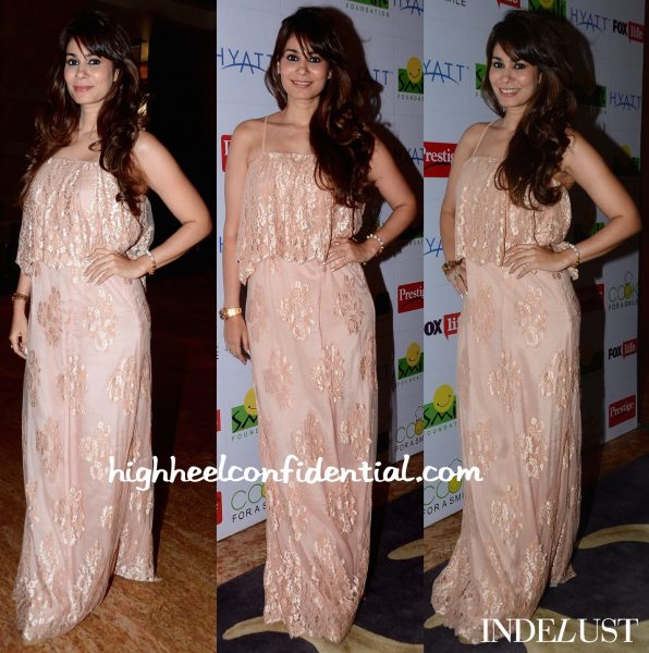 Shaheen Abbas In Payal Singhal At Smile Foundation Event-1