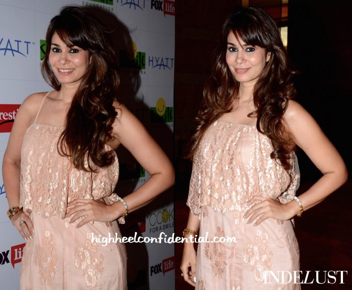 Shaheen Abbas In Payal Singhal At Smile Foundation Event-2