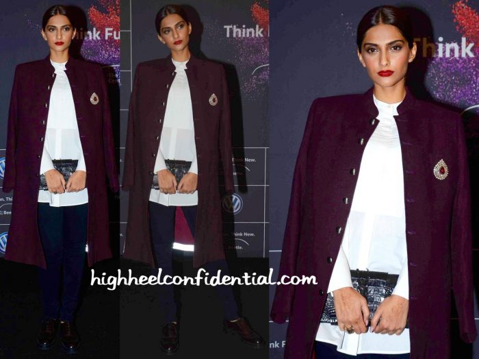 Sonam Kapoor At Volkswagen Launch-kunal rawal-1