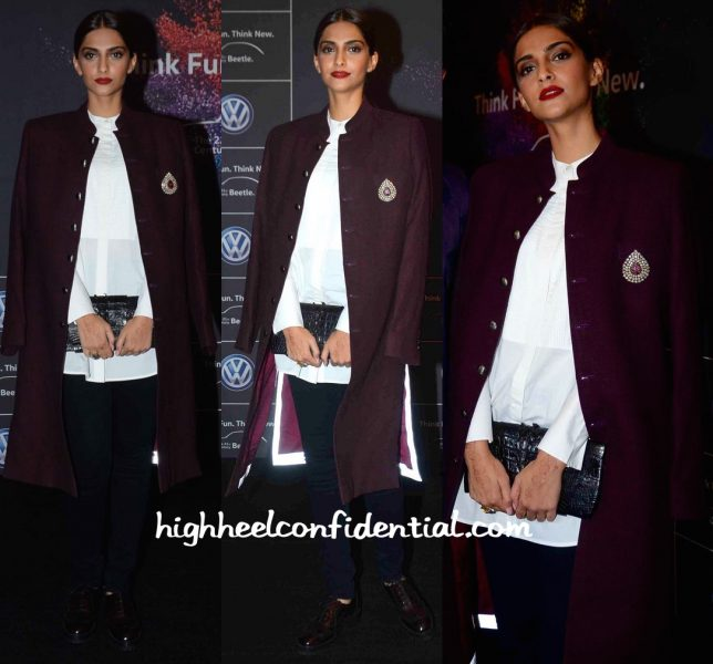 Sonam Kapoor At Volkswagen Launch-kunal rawal-2
