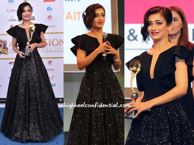 akshara-haasan-ashley-rebello-asiavision-awards-2015