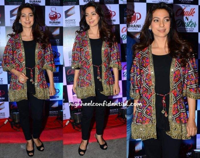 juhi-chawla-arpita-mehta-chalk-n-duster-trailer-launch