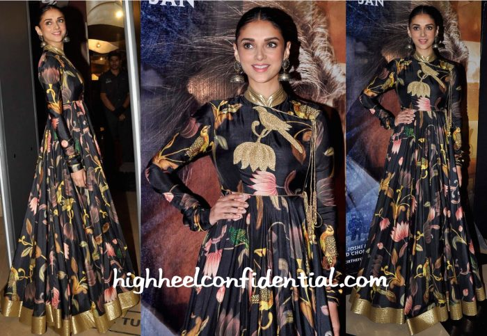 Aditi Rao Hydari In Rohit Bal At Wazir Screening-2