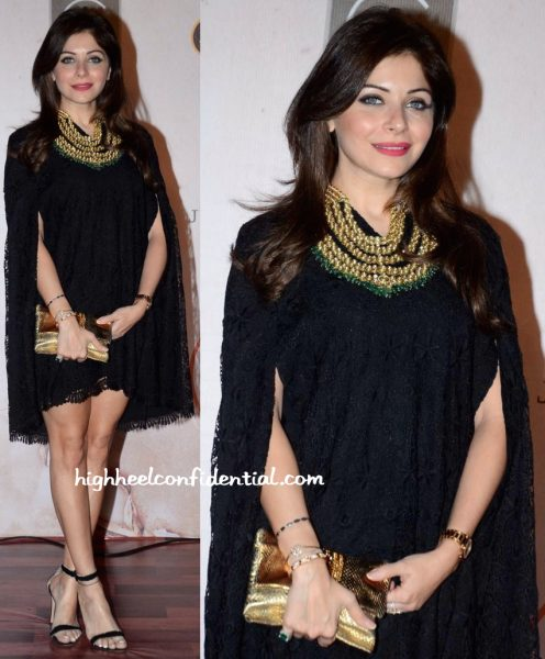 Kanika Kapoor In Drama Queen By Barkha Shewakramani At Vikram Phadnis' 25th Anniversary Show