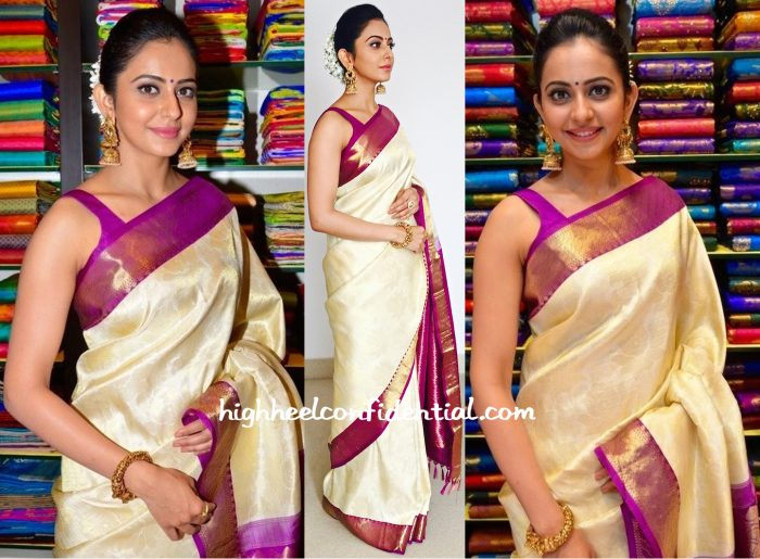 Rakul Preet Goes Traditional In R S Brothers For South India Shopping Mall Launch-2