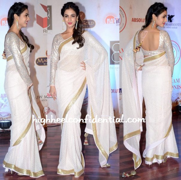 Sonal Chauhan At Vikram Phadnis' 25th Anniversary Show