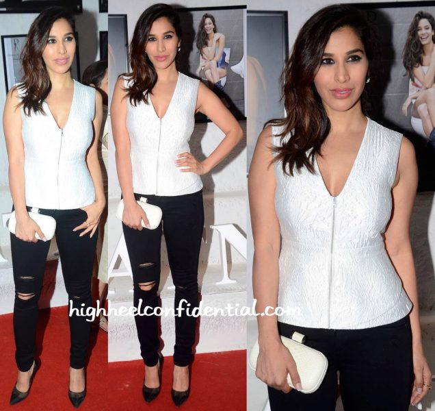 Sophie Choudry At Dabboo Ratnani's 2016 Calendar Launch