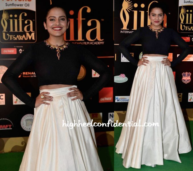 Vishakha Singh In Parizad Wadia At IIFA Utsavam 2016-1