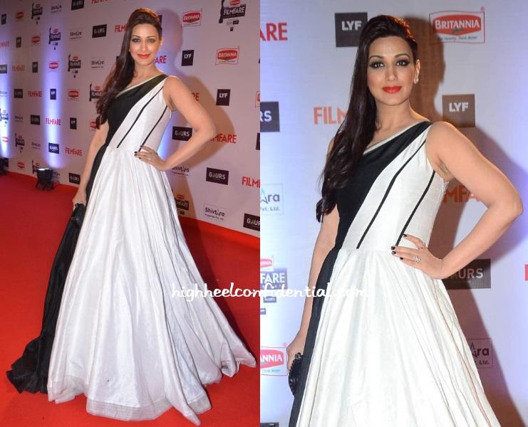 sonali-bendre-manish-malhotra-filmfare-awards-2016