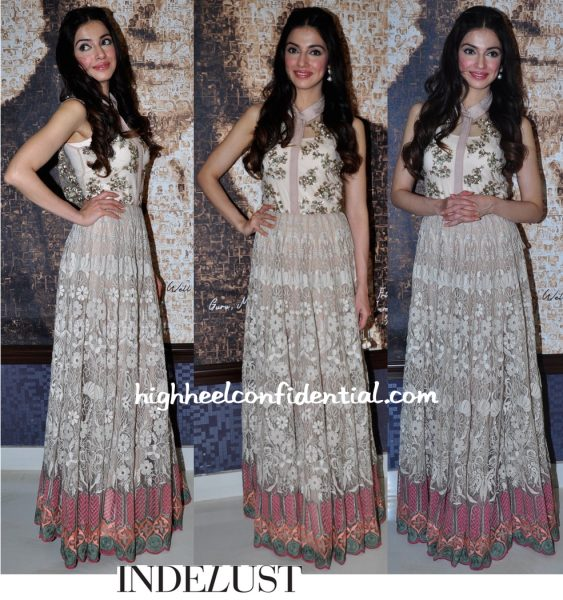 Divya Khosla Kumar In Kavita Bhartia At 'Sanam Re' Promotions-1