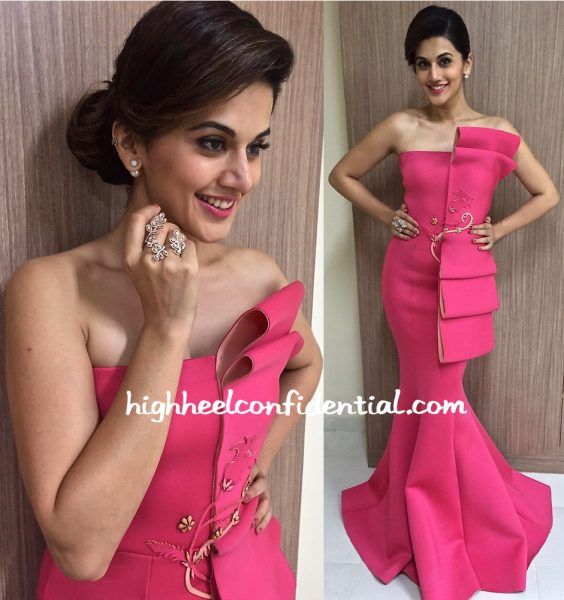 Taapsee Pannu In Tanieya Khanuja At Vanitha Awards 2016-1