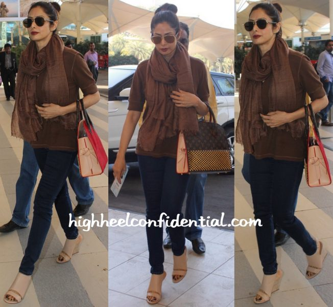 sridevi photographed at mumbai airport with louis vuitton tote