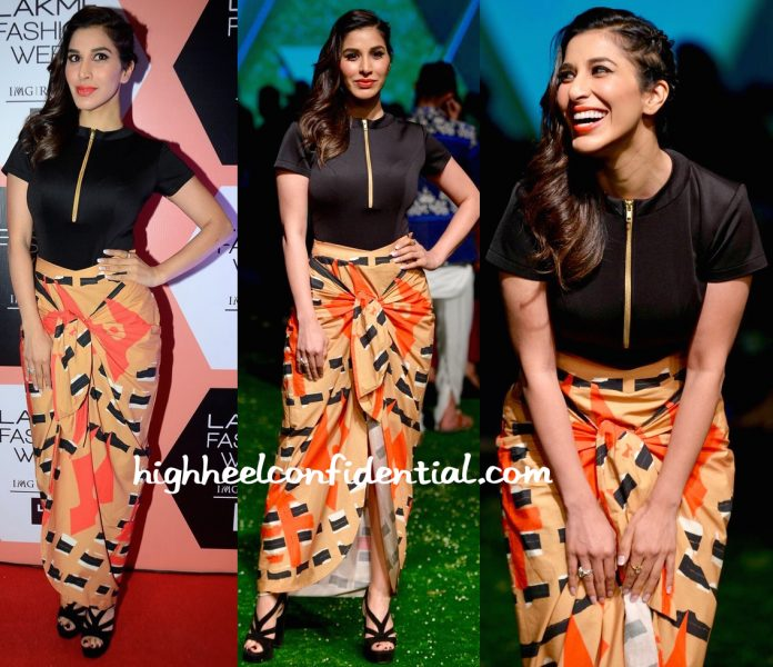 Sophie Choudry In Masaba At Lakme Fashion Week Summer Resort 2016