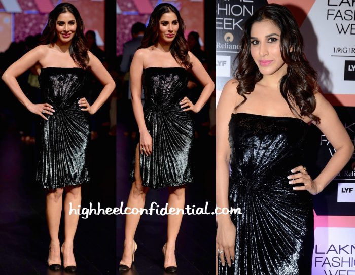 Sophie Choudry In Monisha Jaising At Lakme Fashion Week Summer Resort 2016