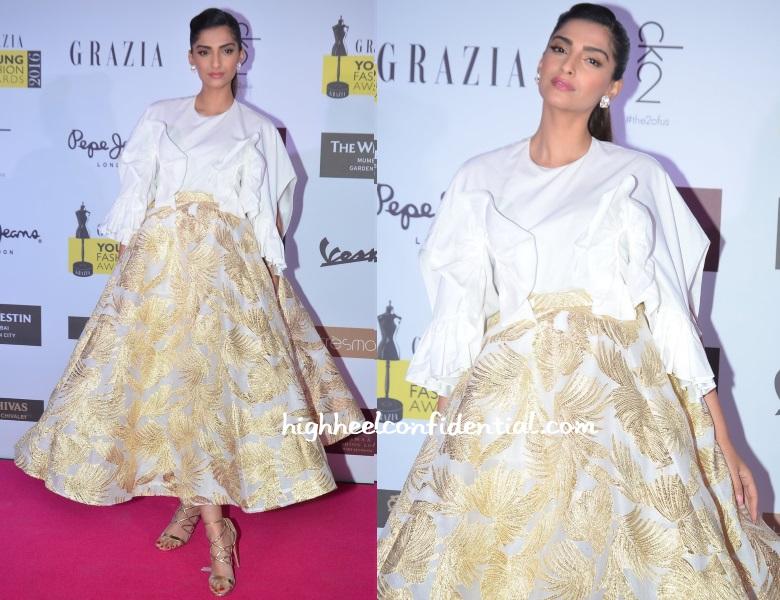 sonam-kapoor-delpozo-grazia-young-fashion-awards-2016-1