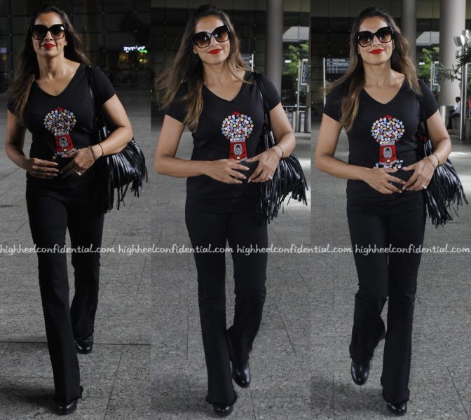 Bipasha Basu Photographed In Punarvi At Mumbai Airport