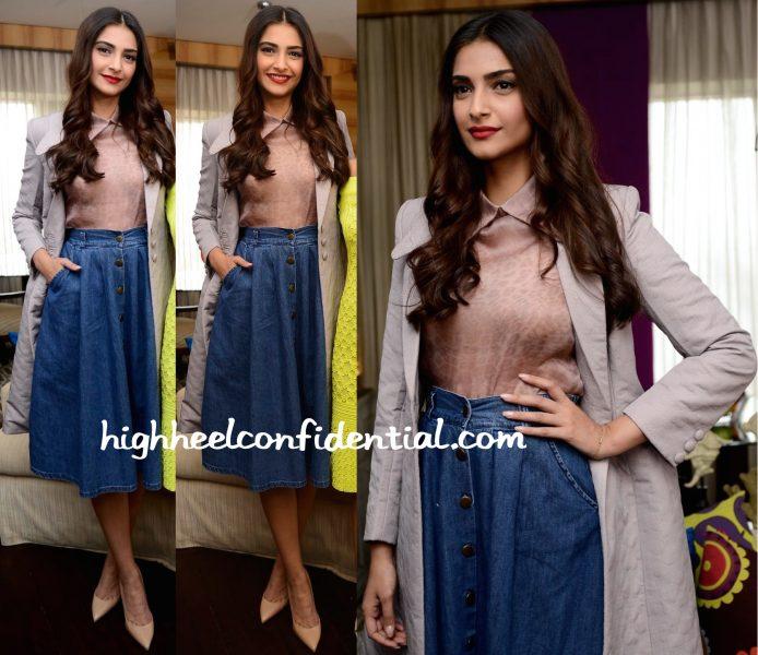 Sonam Kapoor Wears Dolly J And Bhane To 'The Tara Sharma Show' Sets-2