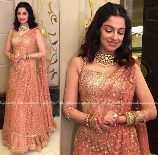 Divya Khosla Kumar In Tarun Tahiliani At A Wedding
