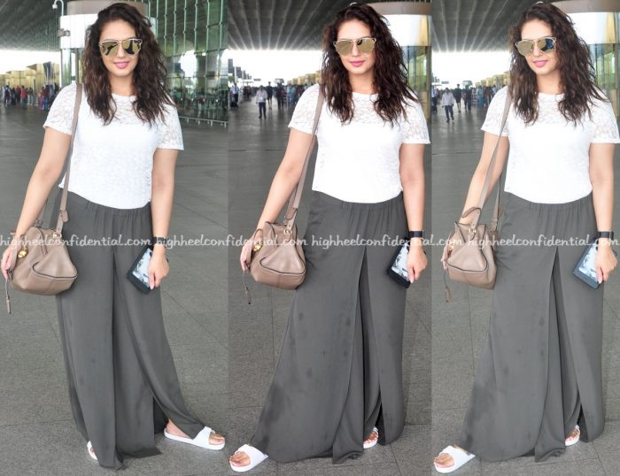 Huma Qureshi Photographed At Mumbai Airport