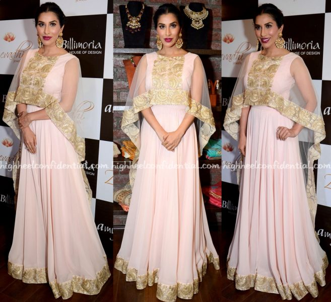Sophie Choudry At Amy Billimoria And Zevadhi Jewels Festive Collection Launch