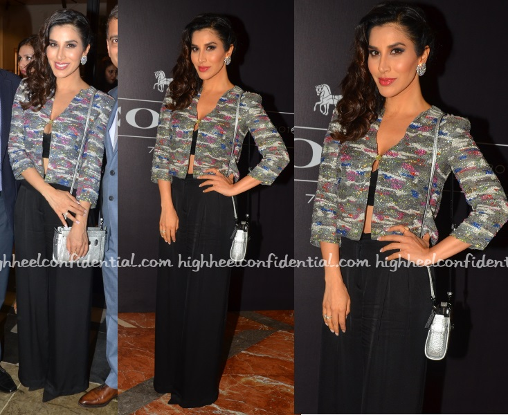 sophie-choudry-armani-coach-india-launch